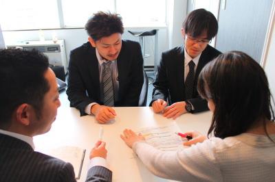 行政書士、社会保険労務士との社会保険加入の要件確認